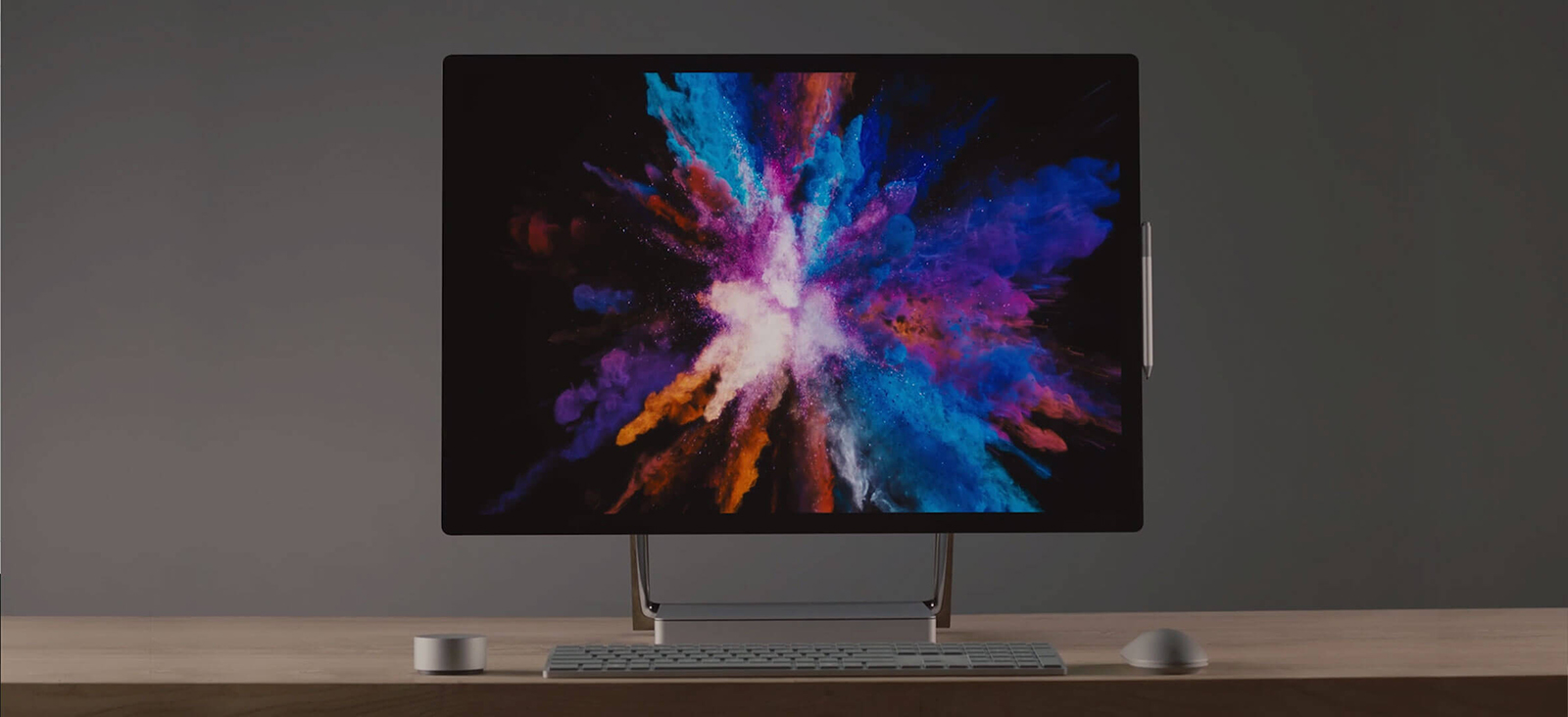 surfaceStudio2 top banner