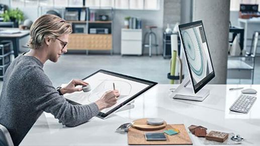 使用改进的 Surface 触控笔自如地表达自己