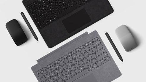 Surface 专业键盘盖、鼠标及触控笔俯视图
