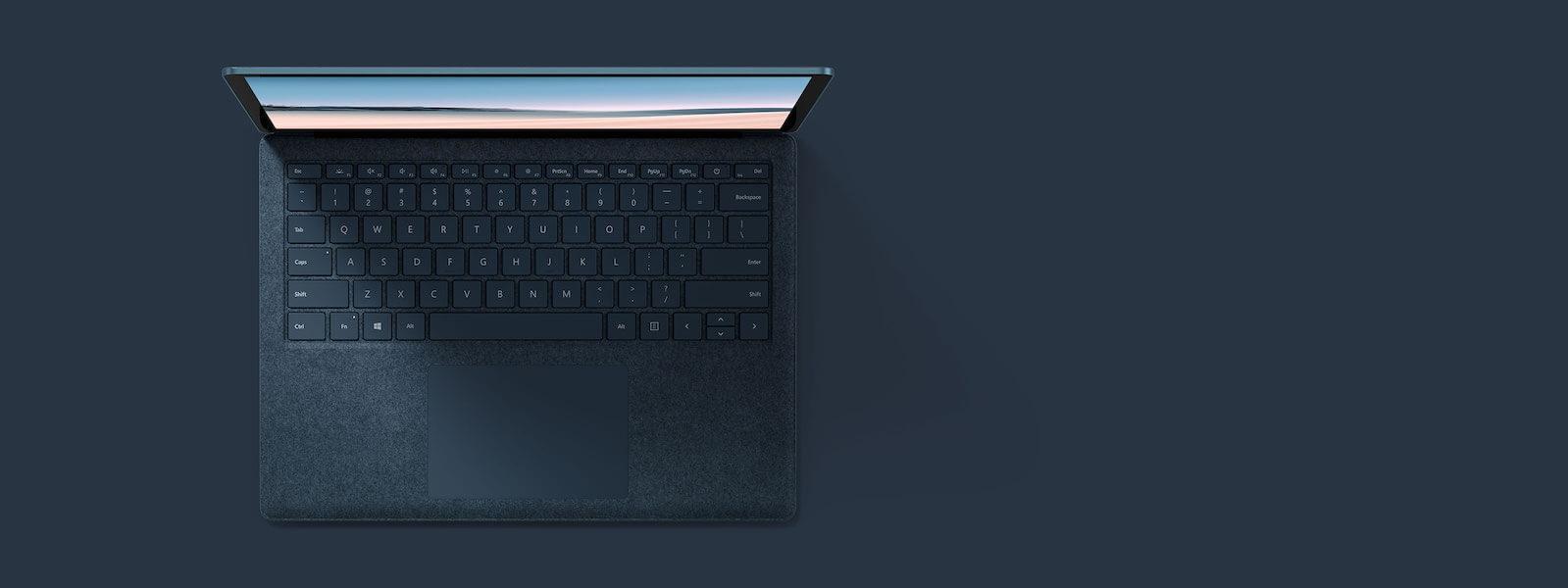 灰钴蓝 13.5 英寸 Surface Laptop 3 俯视图